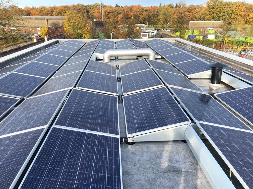 School Zonnepanelen SolarCell